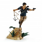 Uncharted 4 A Thief\'s End PVC Statue Nathan Drake 30 cm --- DAMAGED PACKAGING